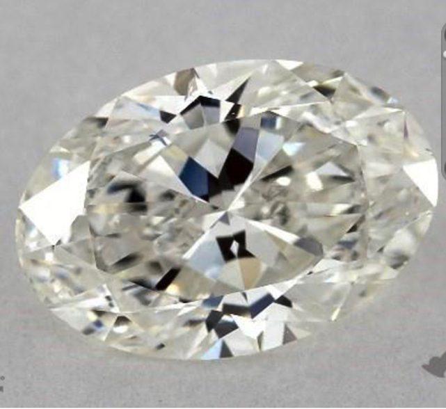 one-carat oval diamonds - H color