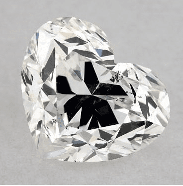 The bowtie effect in a heart-shaped diamond