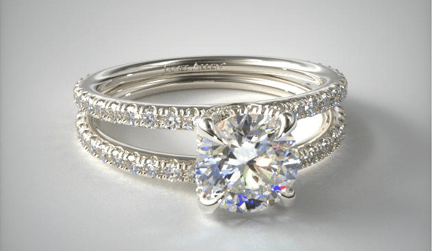 Round diamond engagement ring from James Allen