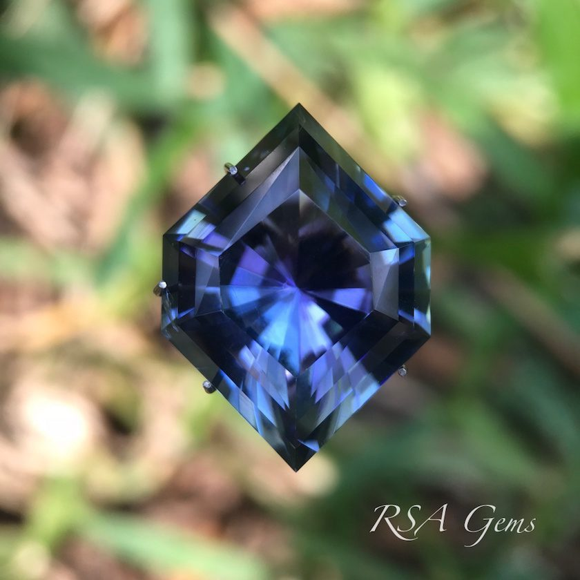 "tanzanite, ""Tanzhex"" design, gemstone shape"