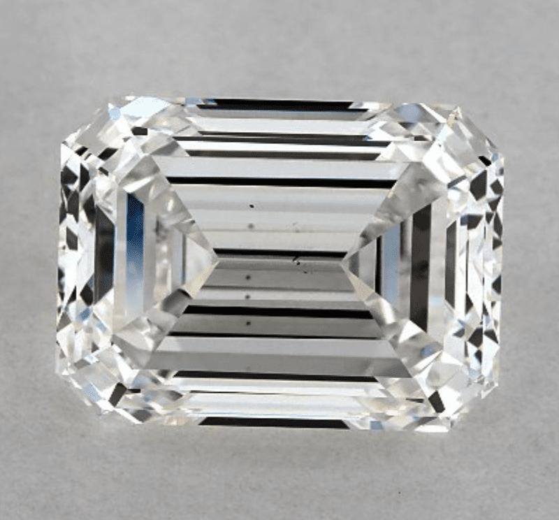 emerald-cut diamond - VS2 clarity