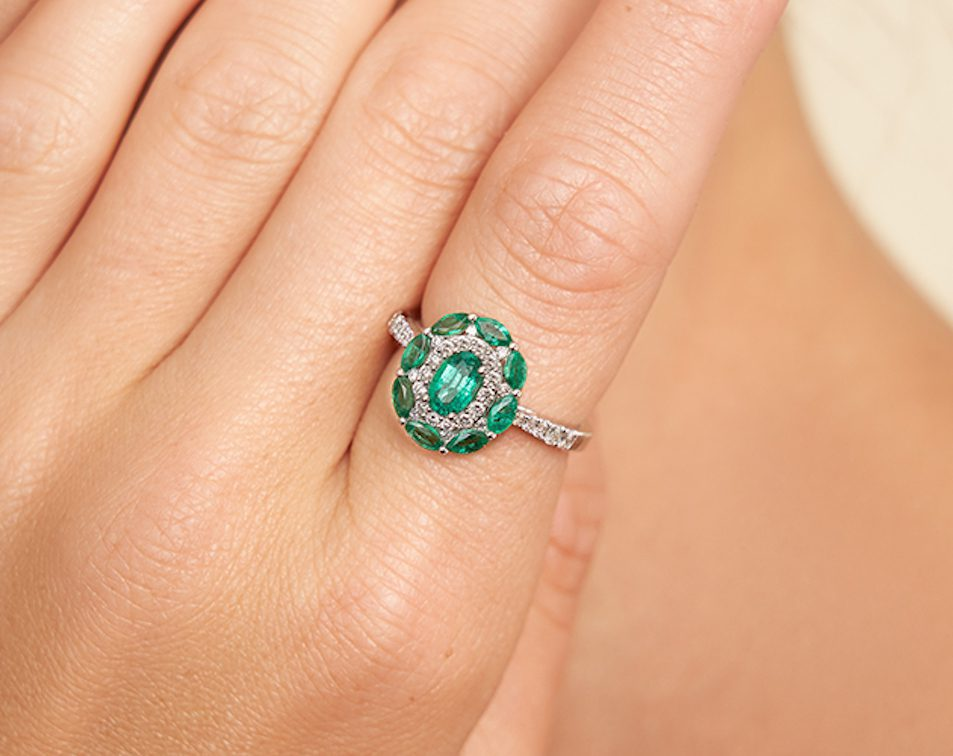 emerald and diamond ring - engagement ring guide