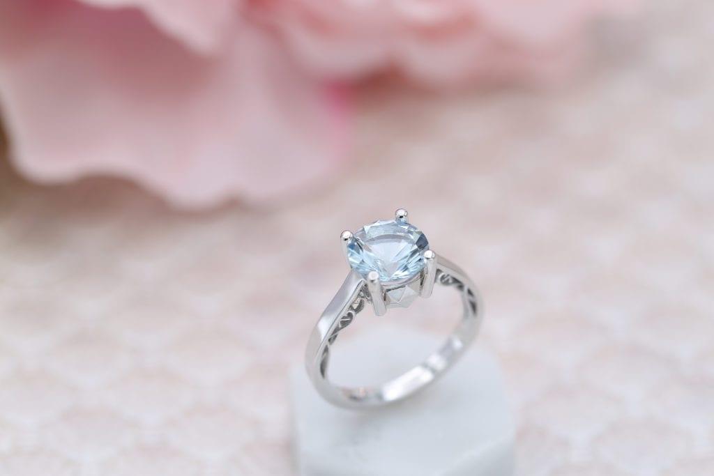 solitaire aquamarine setting