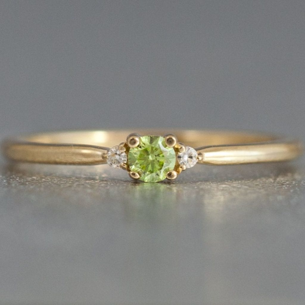 apple green diamond ring