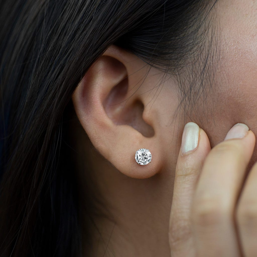 Round Natural Diamond Stud Earrings Metal: 14kt White Gold with Clarity