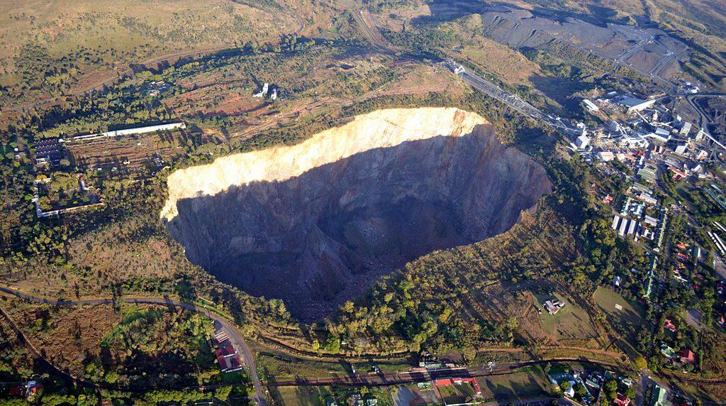 diamond mining - Premier Mine, South Africa
