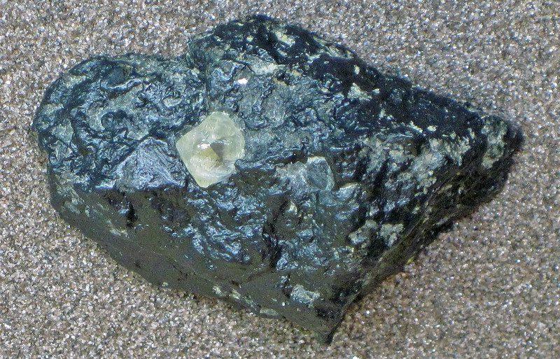 diamond in kimberlite